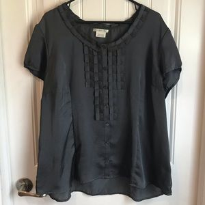 Van Heusen pretty feminine blouse XXL Ruffled grey